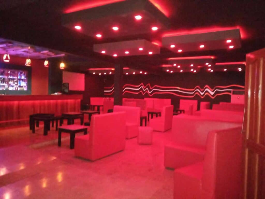 disco hotel miraflores