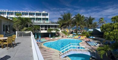 Piscina del Hotel Club Atlantico
