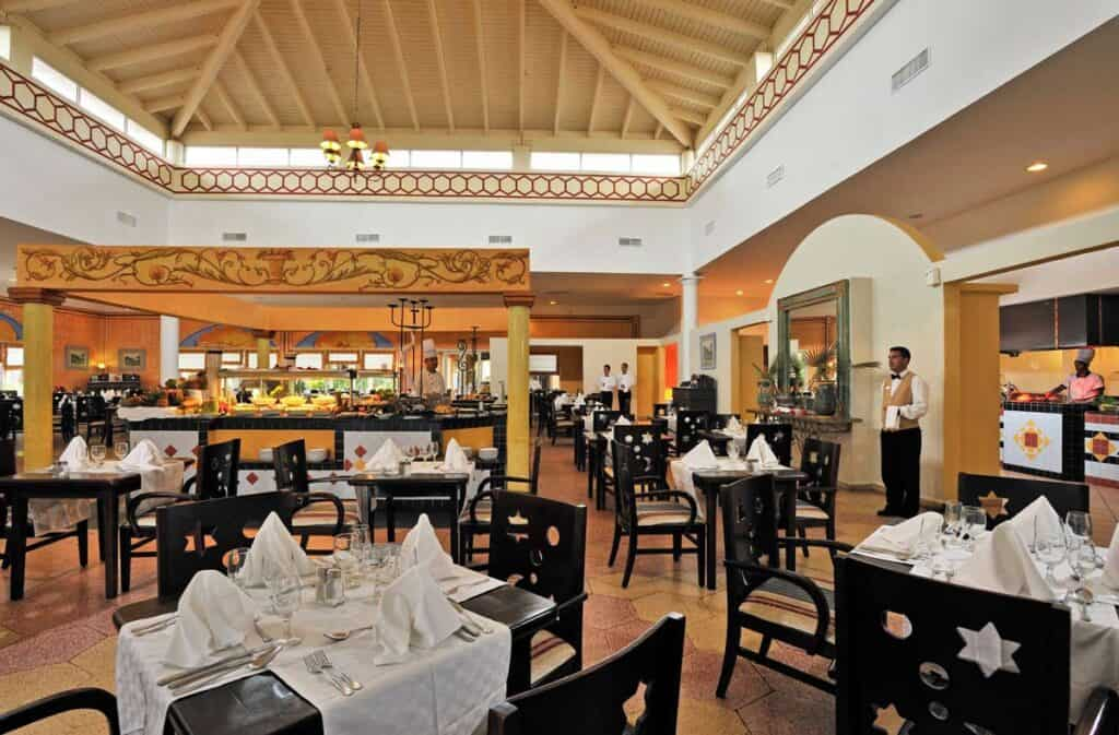 restaurante melia cayo Santa maria